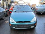 Ford Focus 2.0i 16V 5d sedan 1999r